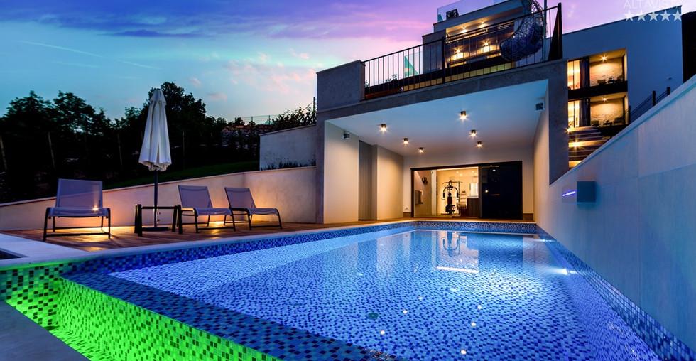 Neue Luxus-Villa in Poljane bei Opatija mit Pool