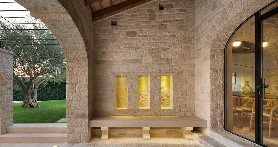 Design-Steinhaus im Herzen von Istrien zu kaufen