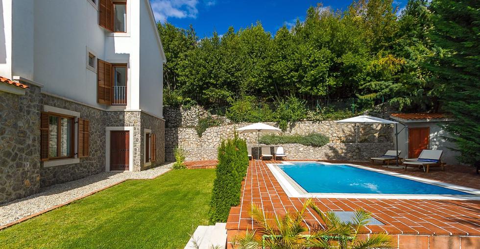 Haus mit Pool über Opatija zum kaufen