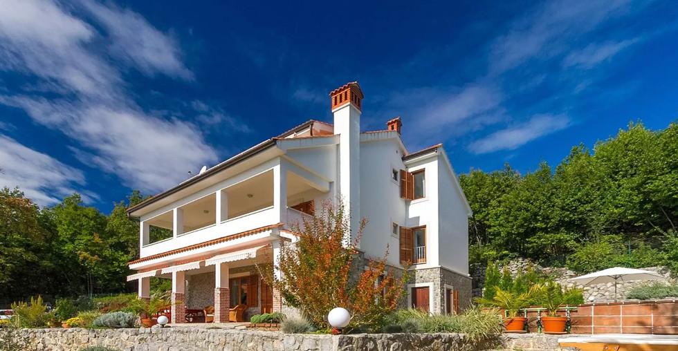 Große Villa mit Meerblick über Opatija zum kaufen