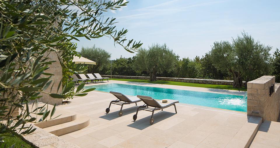 Steinhaus mit Pool in Kroatien zu kaufen