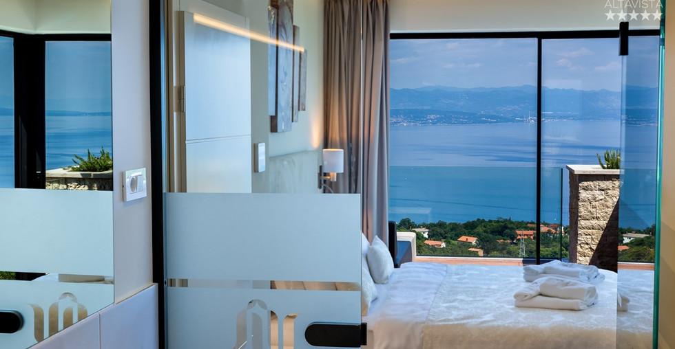 Villa mit Meerblick aus allen Zimmern