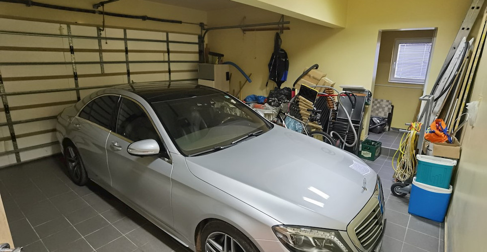 Garage für zwei Autos