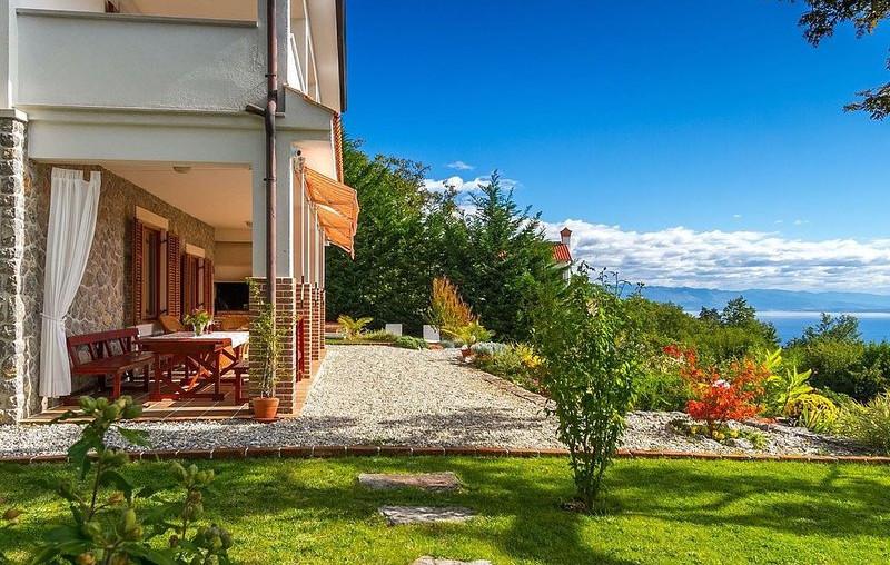 Haus mit Meerblick über Opatija in Kroatien kaufen