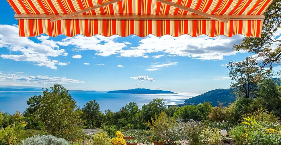 Villa mit Meerblick und Pool über Opatija zum kaufen