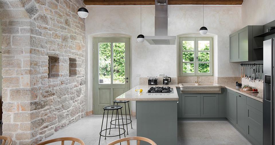 Steinhaus mit Landhaus-Küche in Kroatien zu kaufen
