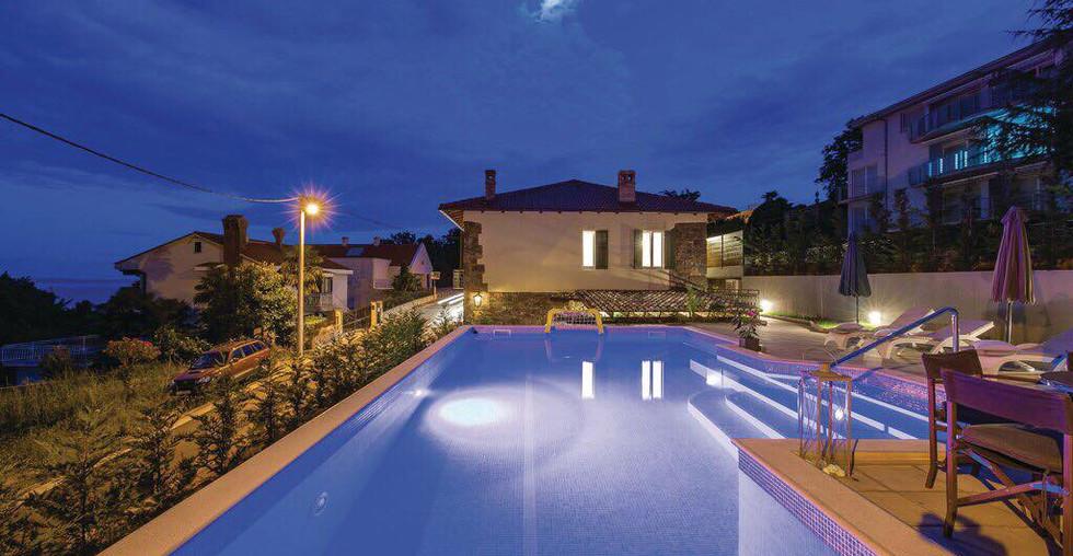Immobilien mit Pool in Kroatien kaufen