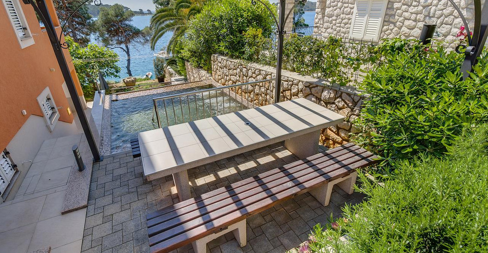 Haus in erster Reihe am Meer in Kroatien kaufen