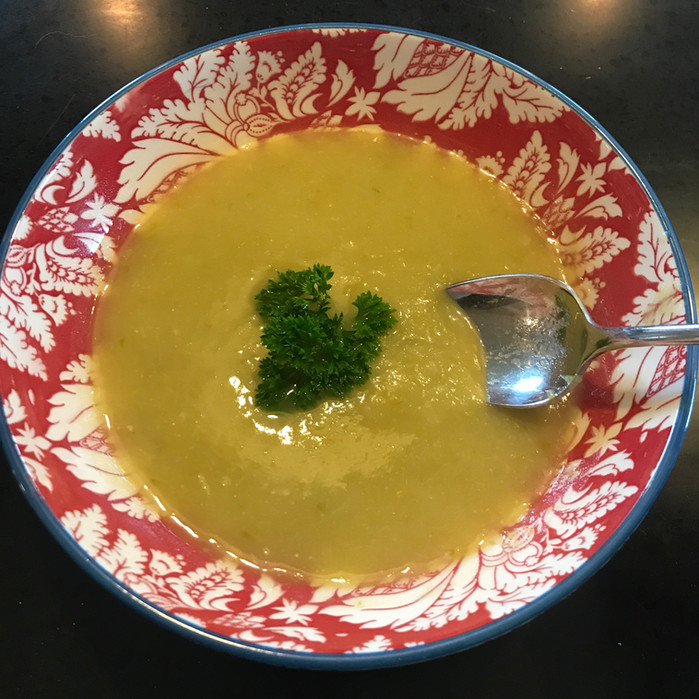 CreamyCreamlessPotato Leek and Asparagus Soup!MELISSA HORNUNG