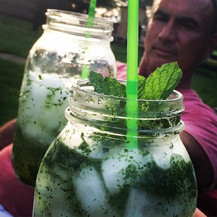 Wild mint mojitos