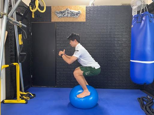 バランスボールトレーニング配信!