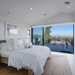 Master Bedroom-14.jpg