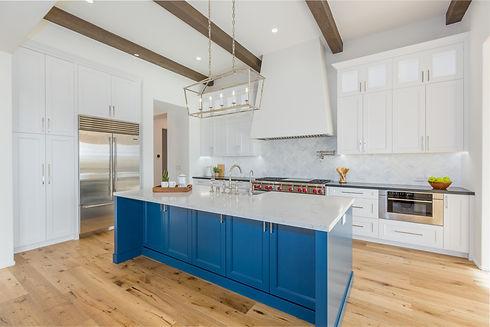 kitchen HiRes.jpg