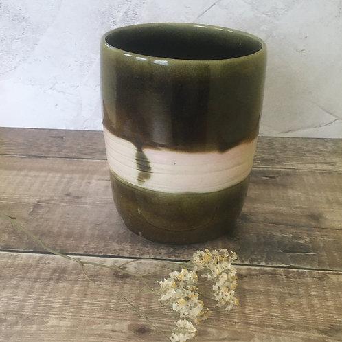 Vase / Utensil Pot