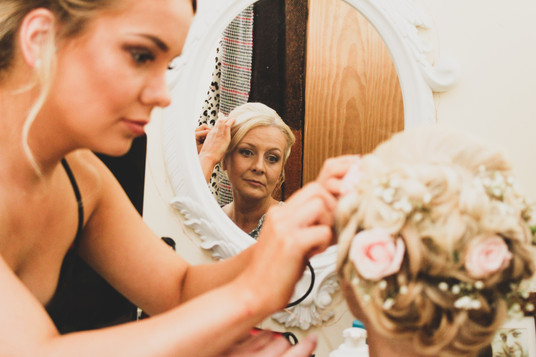mother-daughter finishing touches