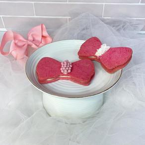 עוגיות פפיון פריכות במילוי גנאש וניל