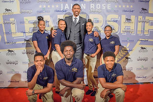 Jalen Rose with JRLA scholars