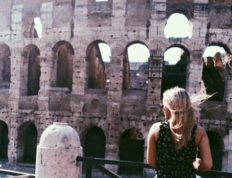 4 Ways Traveling Broadens Your Perspective On Life