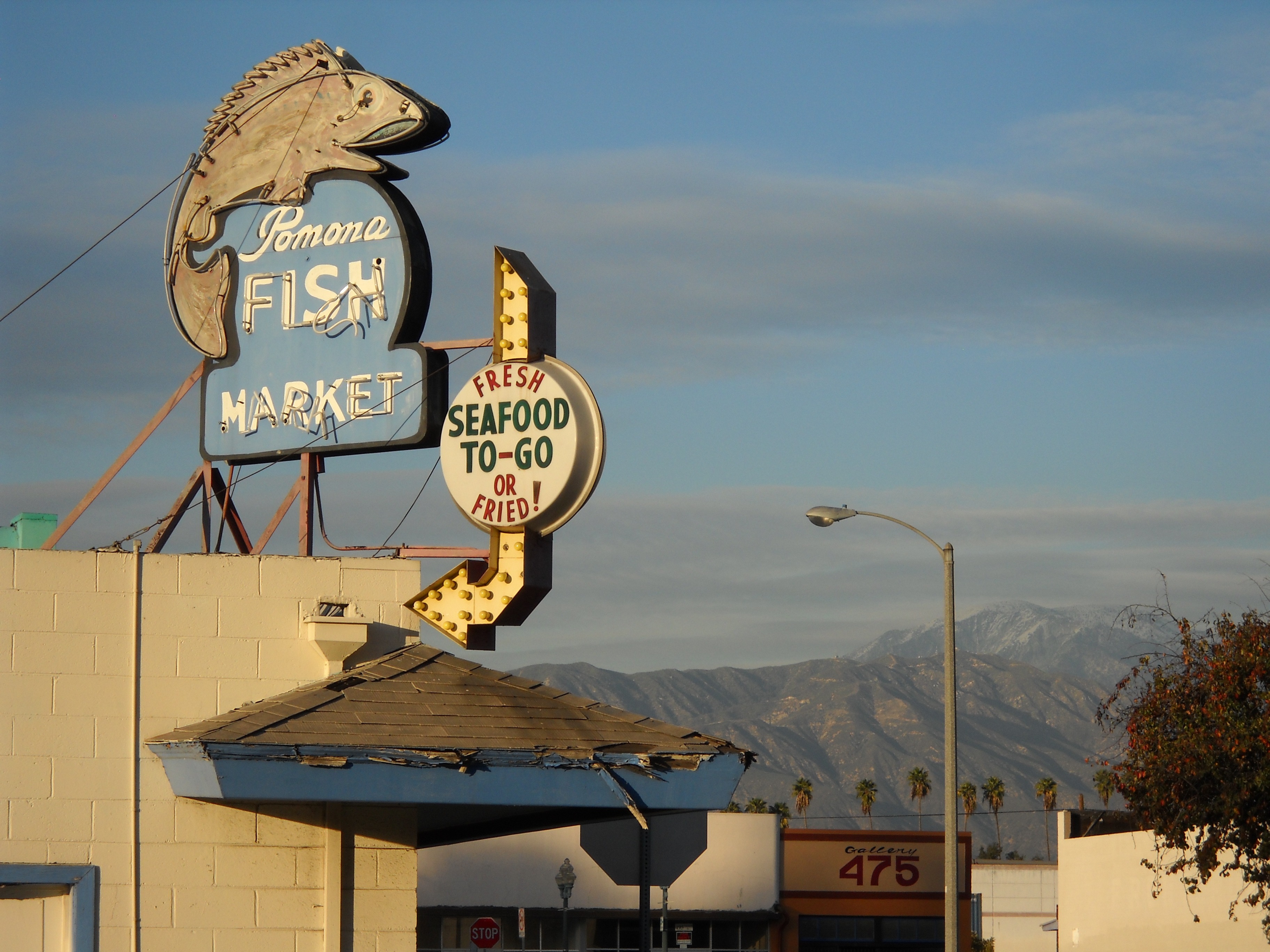 Pomona Fish Market