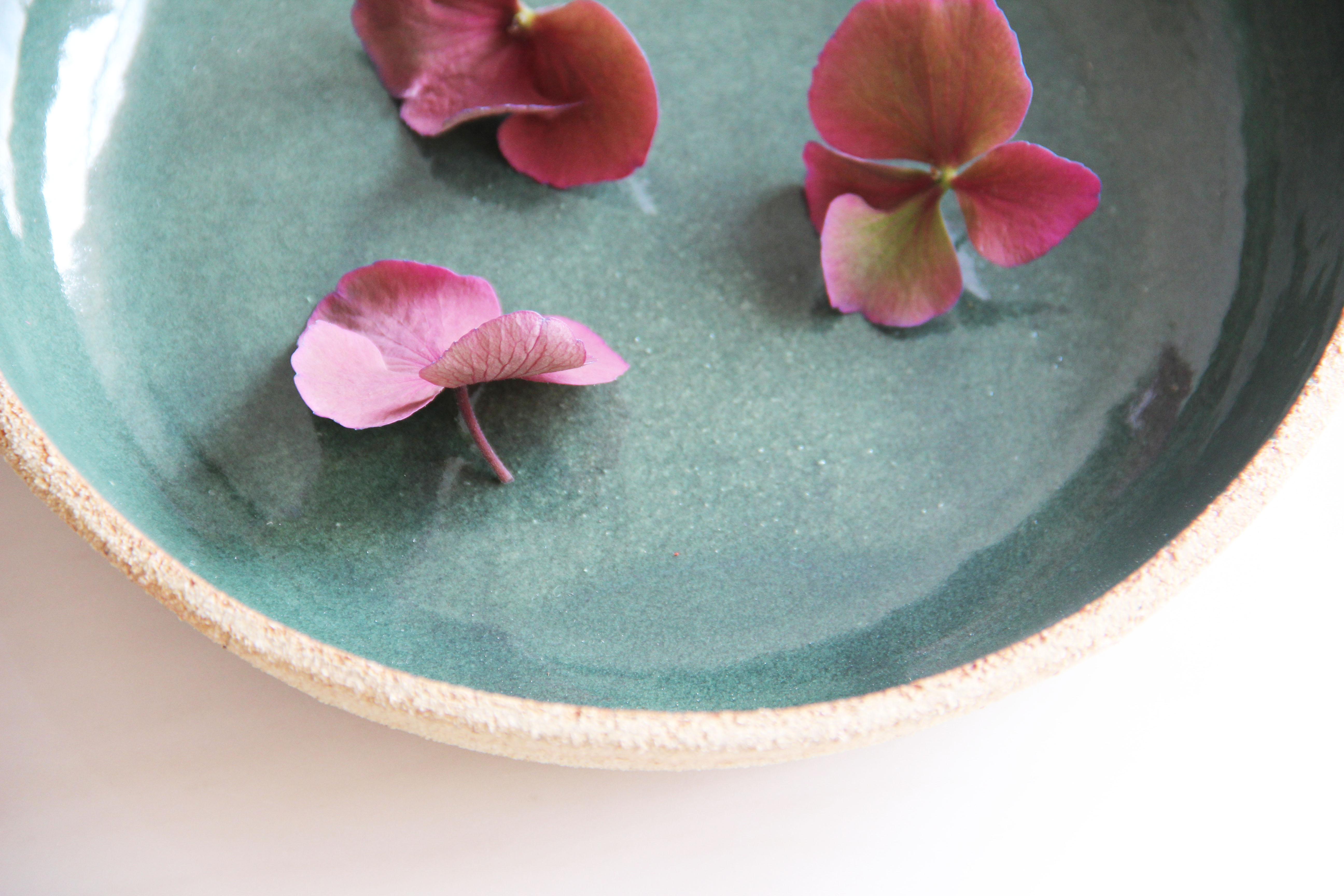 Plat en céramique