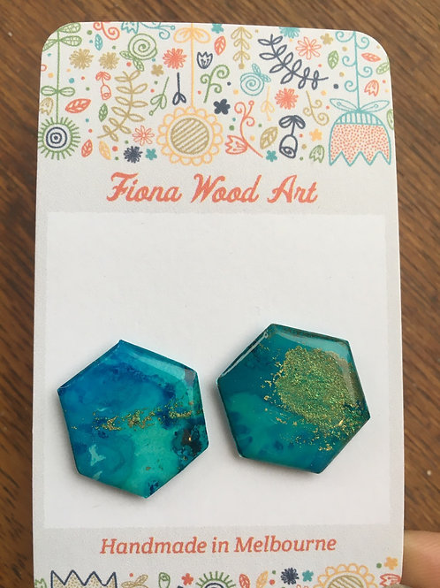 Alcohol ink studs