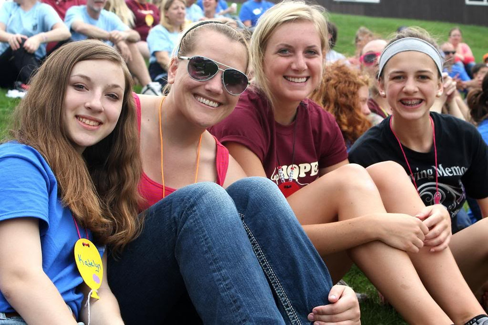 Become a Camp HOPE Volunteer!