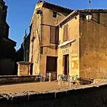 Café du village de Castillondu Gard