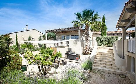 location de villa, piscine intérieure, gîte, gard, occitanie, jardin mediterranéen, les petits gardons