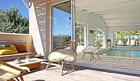 Gite piscine intérieure, piscine couverte, villa de vacances, maison de vacances, boutique villa, gard, uzes, nîmes, Avignon, south France, cottage, holiday rental, summer rental, self catering