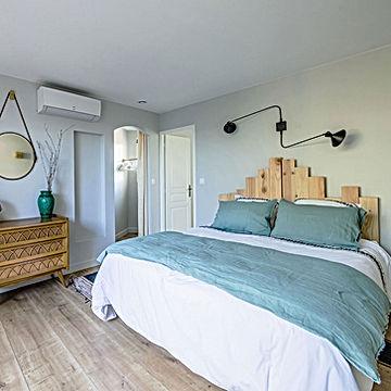 family gite, blue, green bedroom, linen sheets,