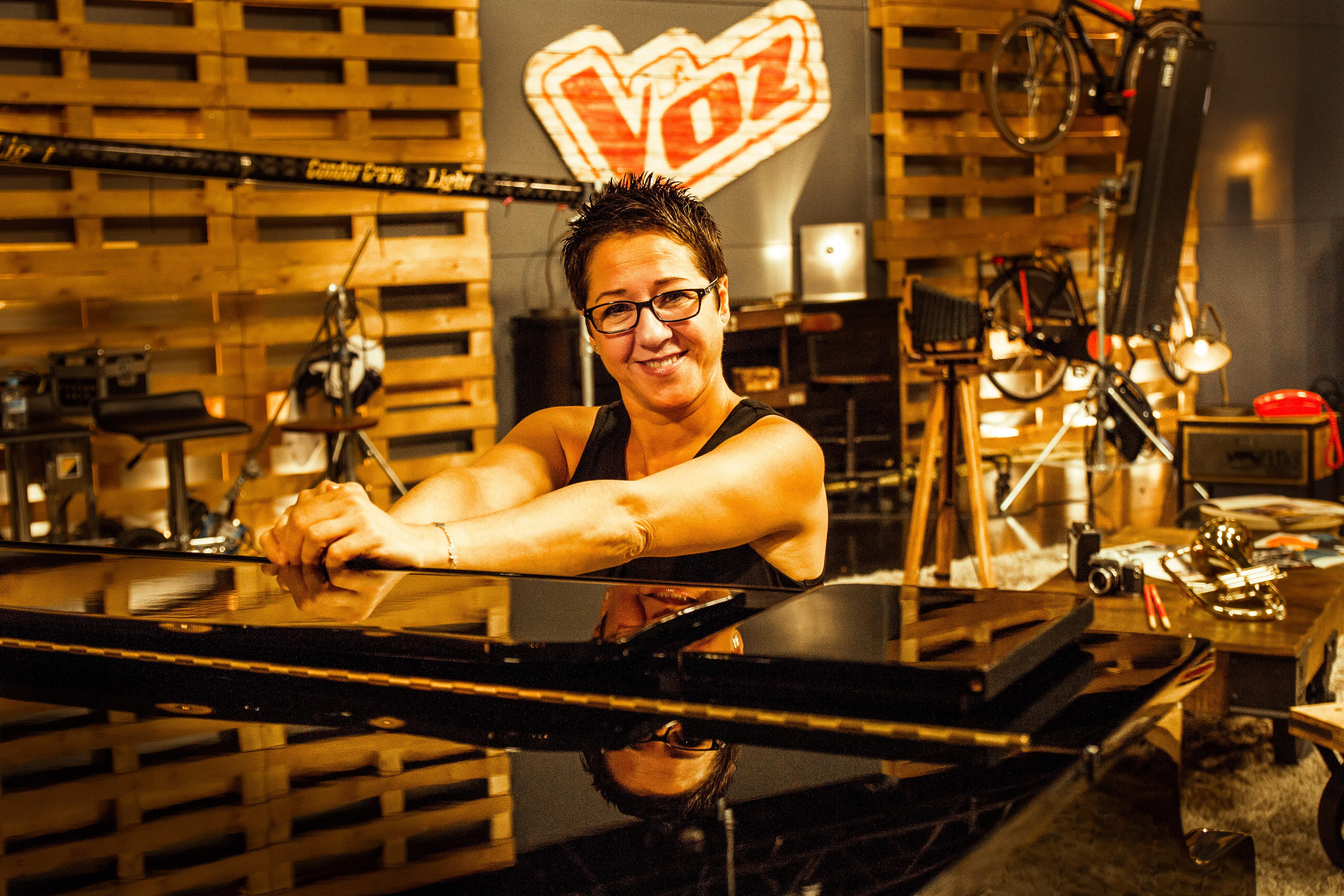 LUCIA VOCAL COACH LA VOZ