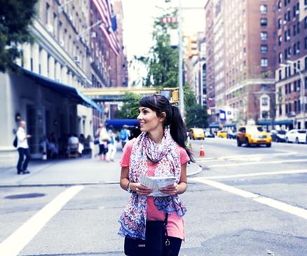 Девочка Прогулка в Нью-Йорке