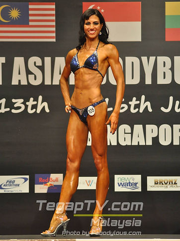 2014_Sarah bodybuilding competition in S