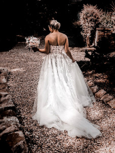 WEDDING DRESS PHOTOS