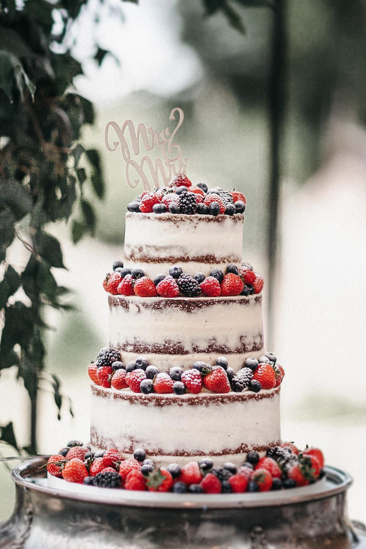 busybee carys cake