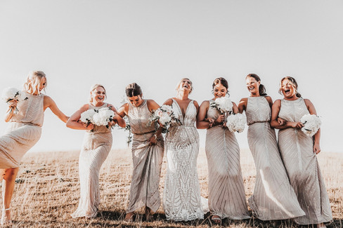 BRIDESMAID POSING IDEAS