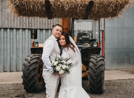 SERENDIPITY BRIDES | THE BIG BARN WINTER WEDDING | MIDLANDS WEDDING PHOTOGRAPHER | BY THE VEDRINES
