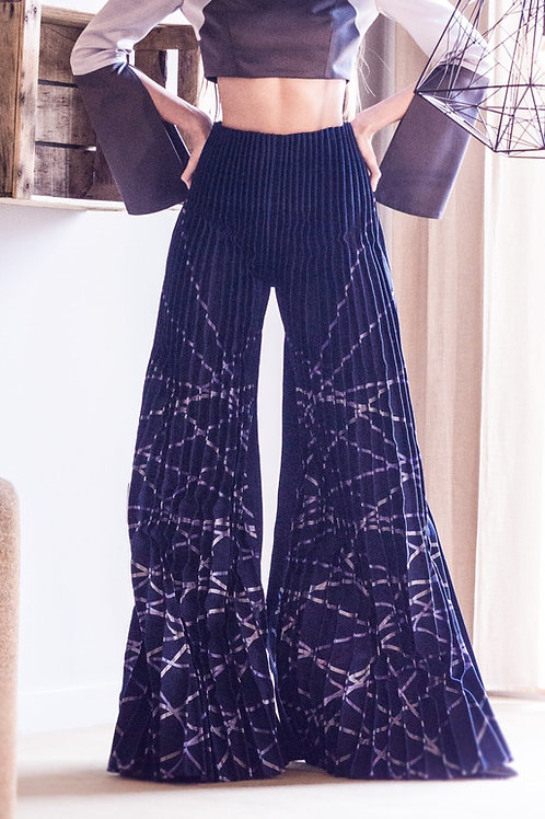 SA Grad Pintucks Trouser