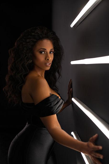 Tiffany Black1686.jpg