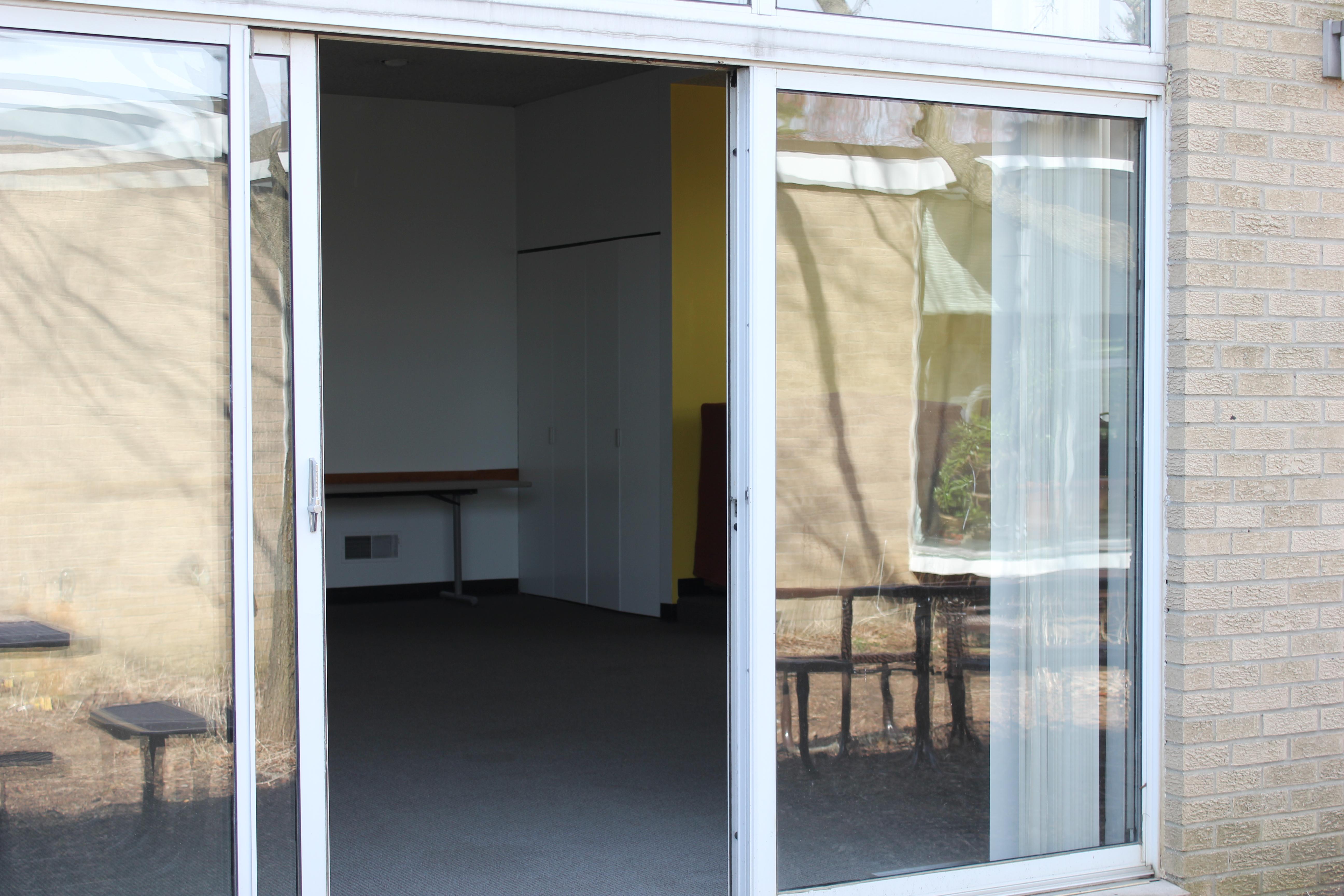 Commons outside in sliding glass