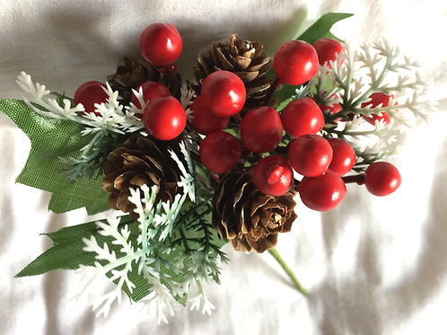 Simulated Berries Decoration