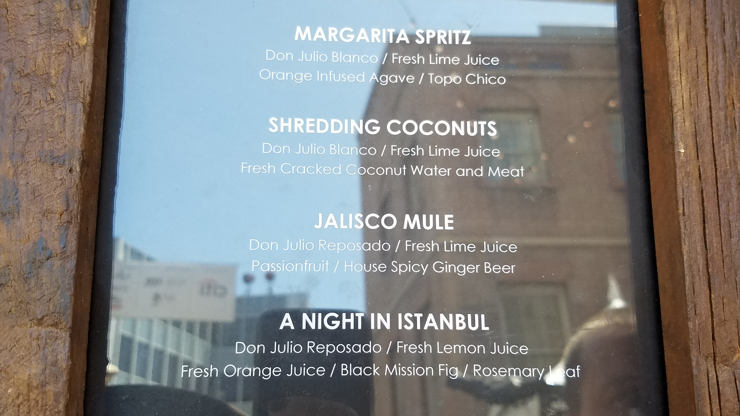 Margarita spritz & shredding coconu