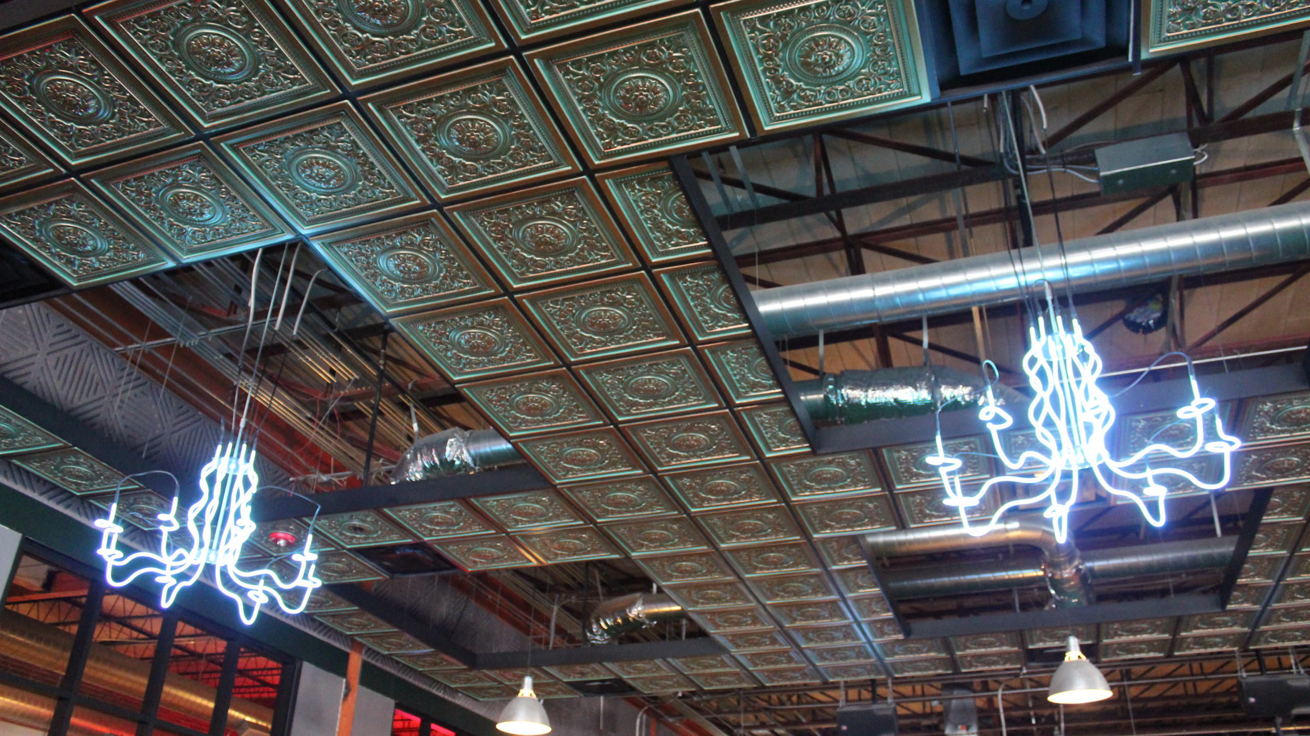 more awesome chandeliers
