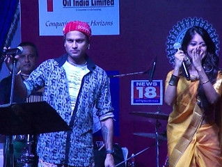 Cultural night performance by Mr. Zubeen Garg at Samannay's Durga Puja 2016