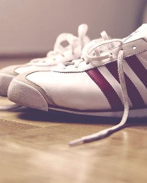 austermedia%40_sneaker800x690_edited.jpg