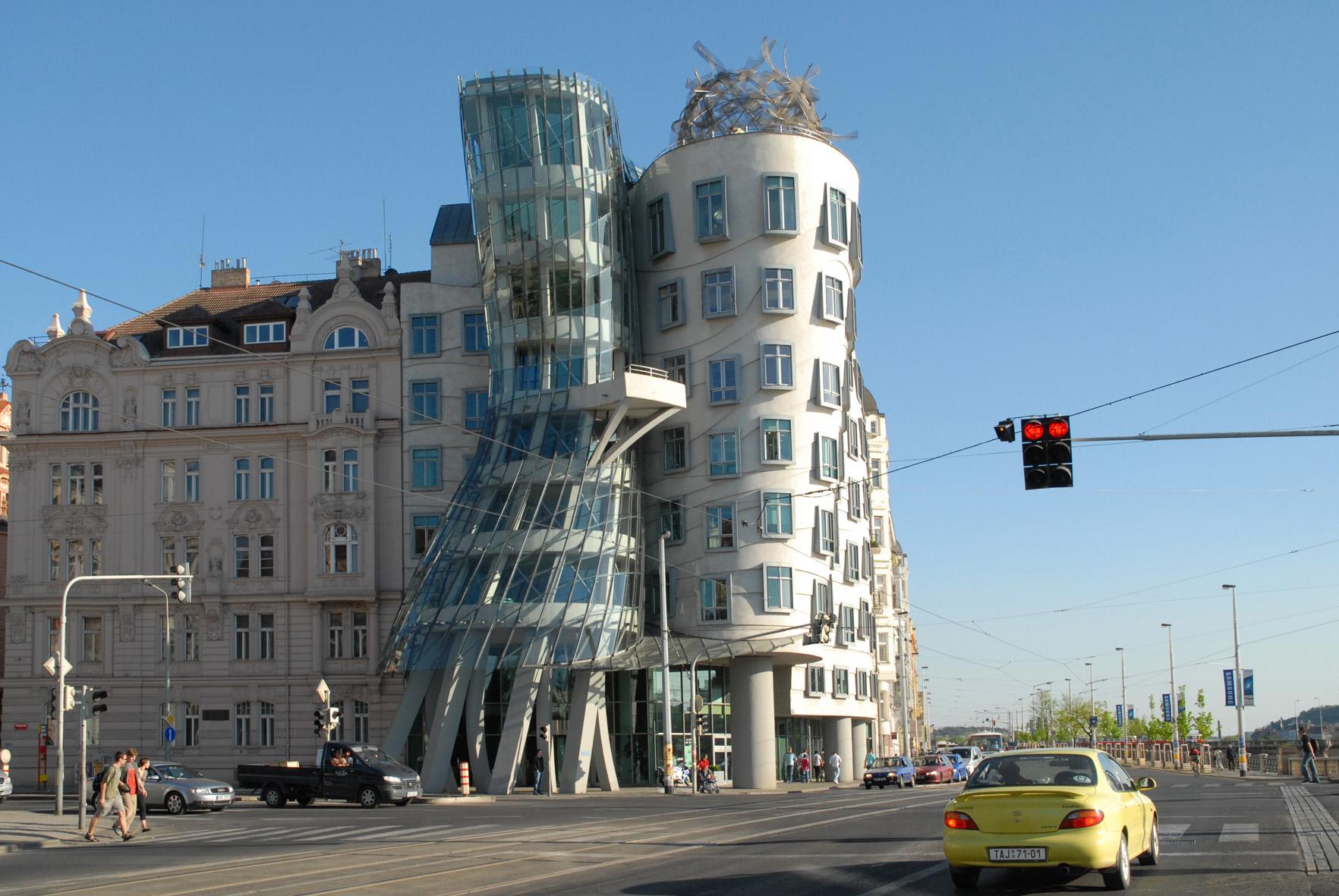 F.Gehry-Ginger&Fred-Prag