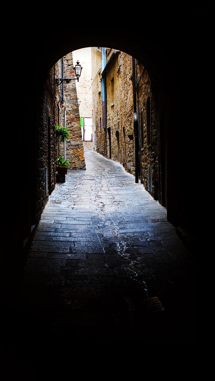 San Gimignano Archway