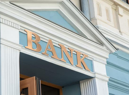 Smaller Banks Step Up CRE Lending