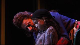 Lille Cosettte i Les Miserables på Den Nationale Scene i 2008. Her med Helge Jordal
