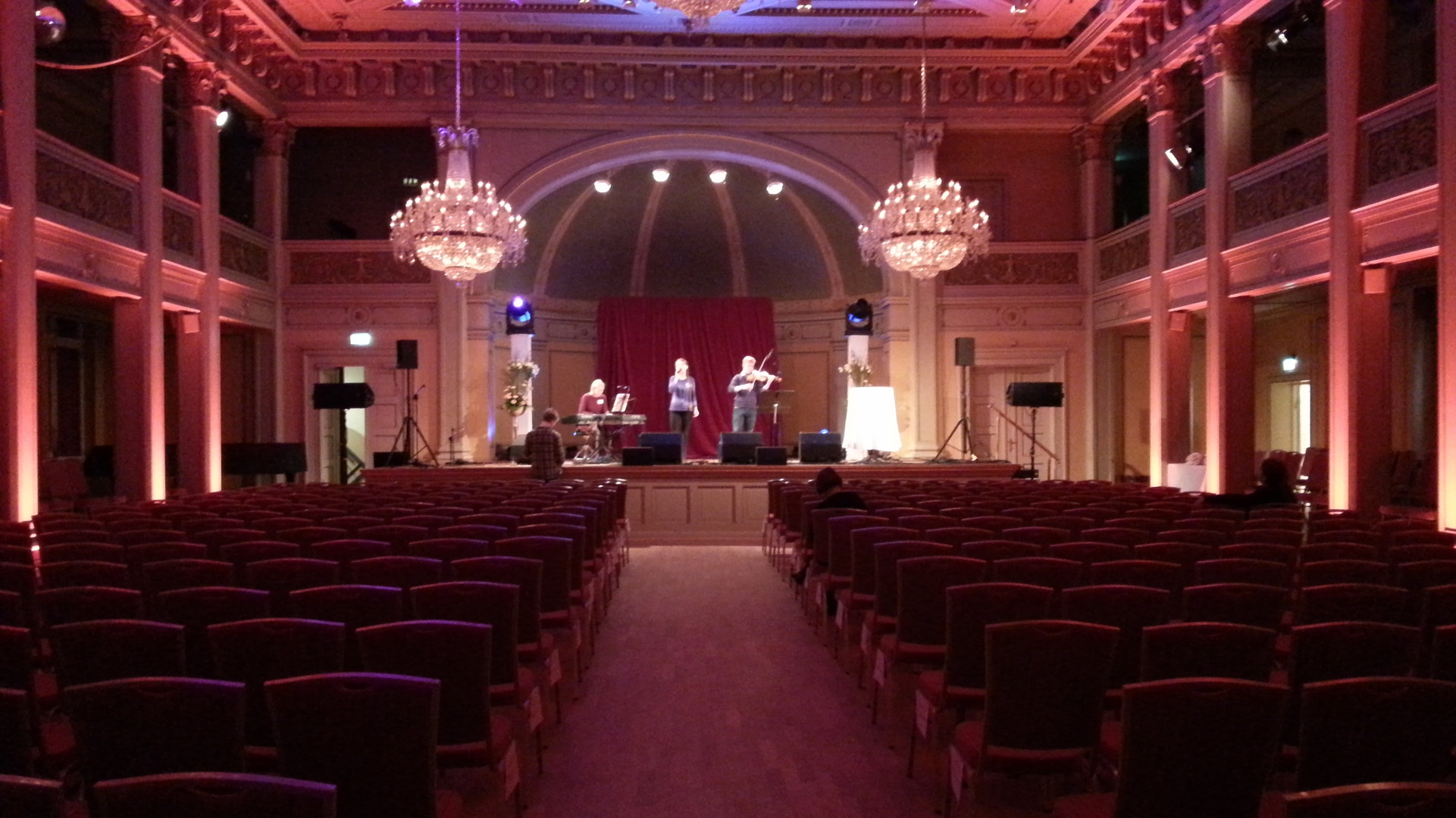 Soundcheck before concert in connection with nobel Peace Prize 2014.